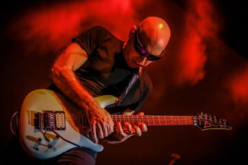 Joe Satriani in conversation with MetalTalk