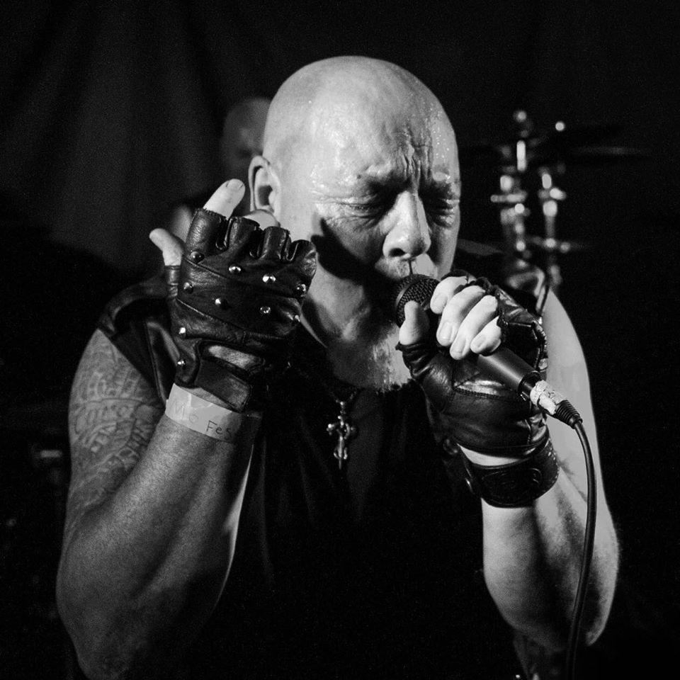 Derek Lyon vocalist with Satan's Empire