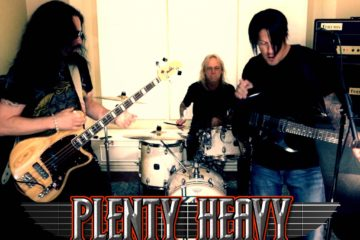 Photo of the band Plenty Heavy