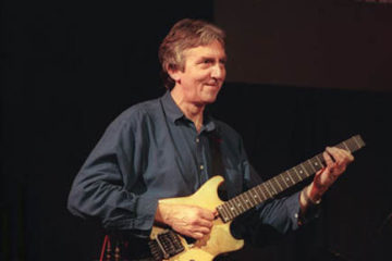Photo of Allan Holdsworth