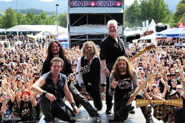 Photo of the band Tygers Of Pan Tang