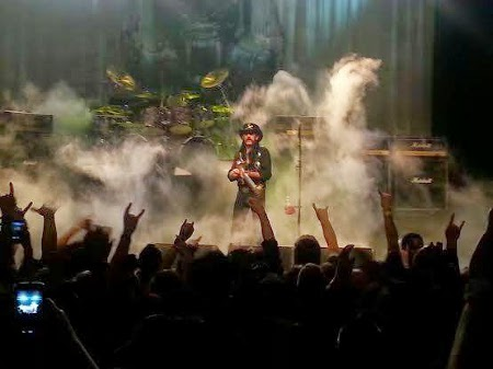Motorhead on stage in Warfield
