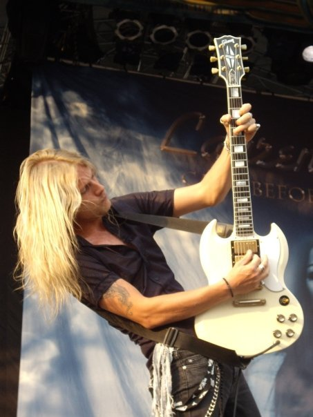 Photo of Judas Priest guitarist Richie Faulkner