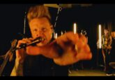 Screen shot from Papa Roach INFEST IN-Studio