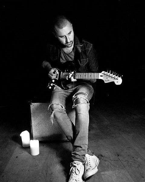 Photo of Simon Kaviani