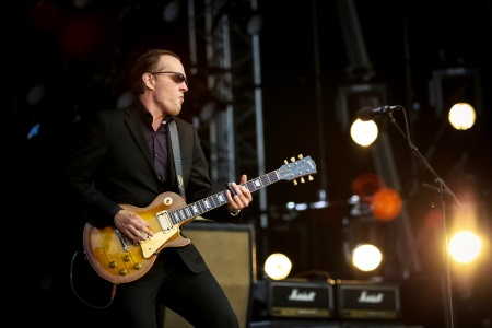Jo e Bonamassa at Royal Naval College, Greenwich, London, 2016.