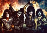 Photo of Kiss as they prepare for The End Of the Road tour