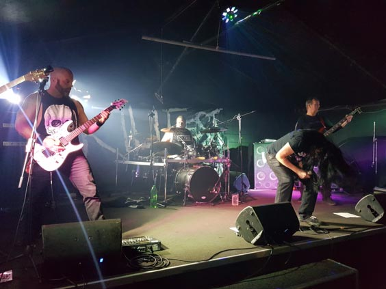Wellington, New Zealand, band Hadees Drudge