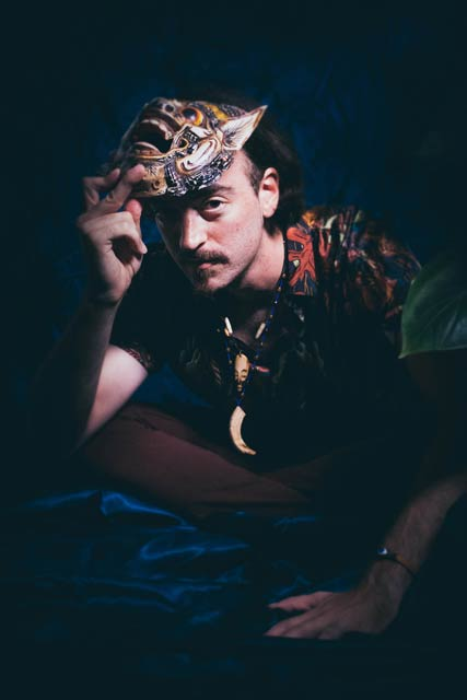 Photo of Israeli musician Izakman
