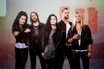 Photo of Evanescence