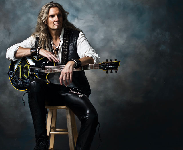 Photo of Joel Hoekstra
