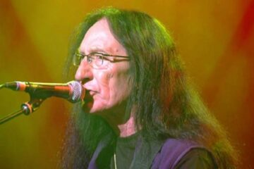 Photo of Ken Hensley