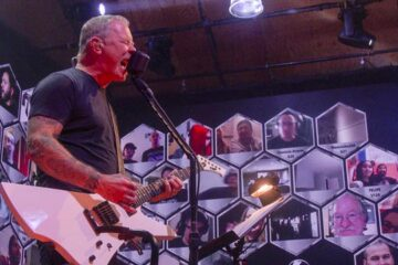 Photo of Metallica on the All Within My Hands Foundation gig
