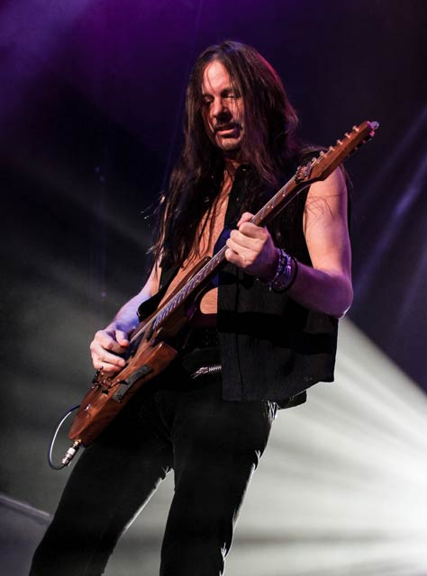 Reb Beach / Brilliant Beach talks Winger, Whitesnake and wonderful new solo record