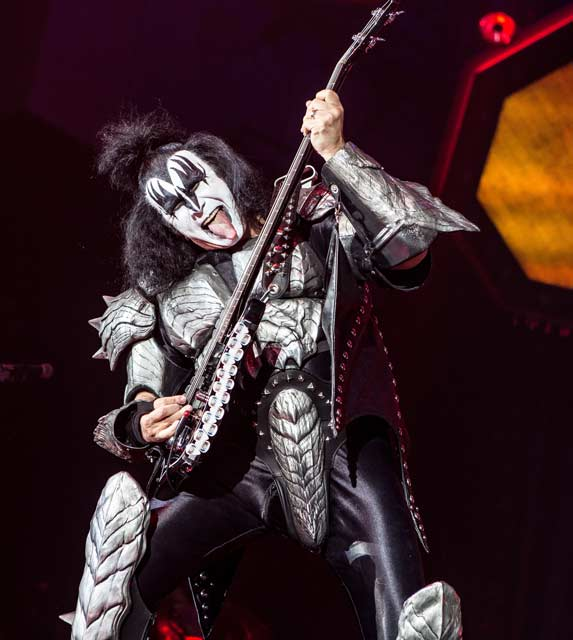 Photo of Kiss in Newcastle,