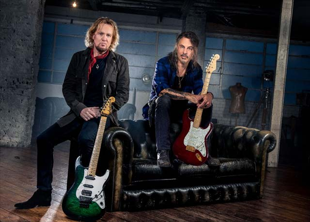Guitarists Adrian Smith and Richie Kotzen