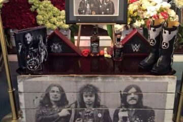 Photo of Lemmy's shrine