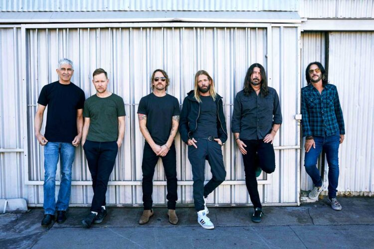 Photo of the American band Foo Fighters