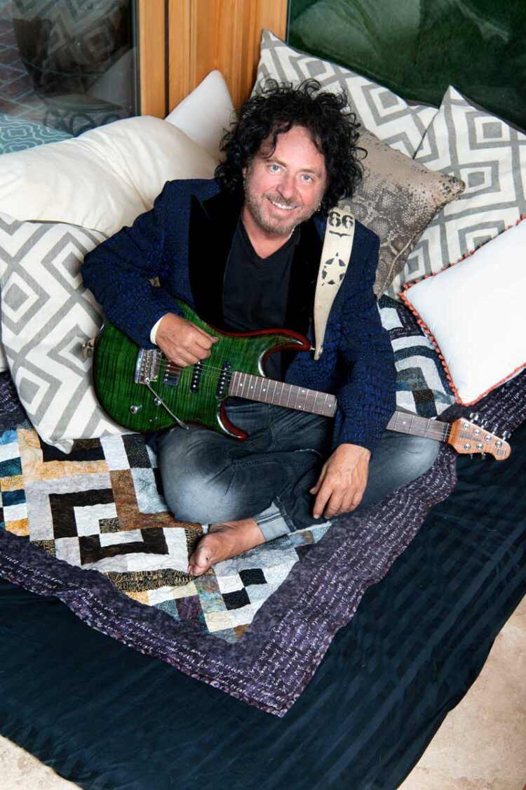 Photo of Steve Lukather