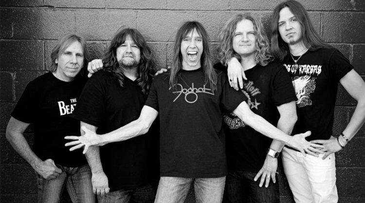 Photo of the band Tesla