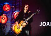 Photo of Chicago-based Blues slide guitar virtuoso and singer-songwriter Joanna Connor