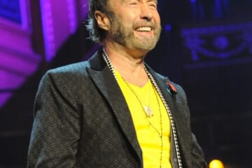 Paul Rodgers' latest venture, 'The 'Royal Sessions', is a collaboration with Memphis blues and soul musicians, an album that brings back the heady days of the late 60s when English musicians were the catalyst for bringing this music into the mainstream paving the way for the hard rock and Metal scene.
