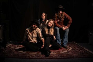 Photo of the band Heavy Feather