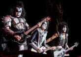 Photo of iconic Heavy Metal band KIss