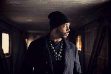 Photo of Ayron Jones