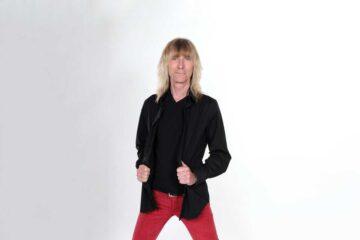 Kix vocalist Steve Whiteman