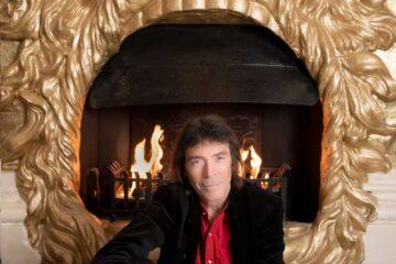 Photo of Steve Hackett